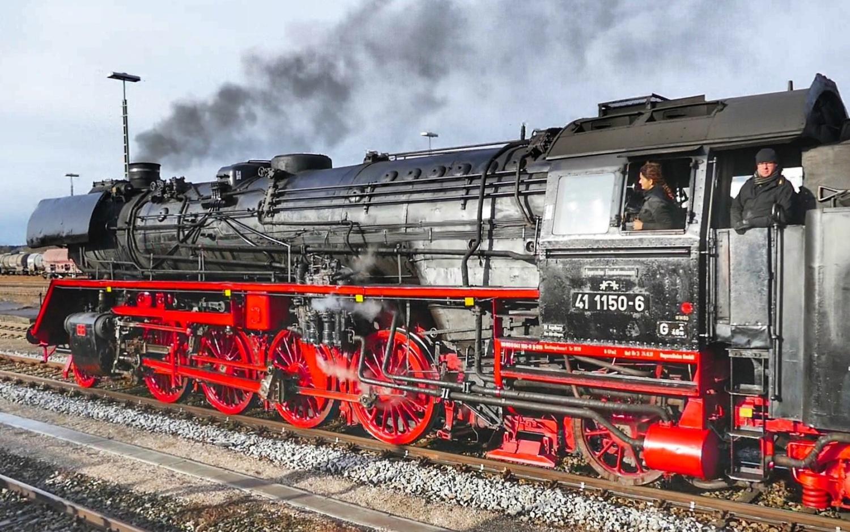 Dampflokomotiven Eisenbahn Oldtimer Omnibusse Dampfloktreffen Dresden