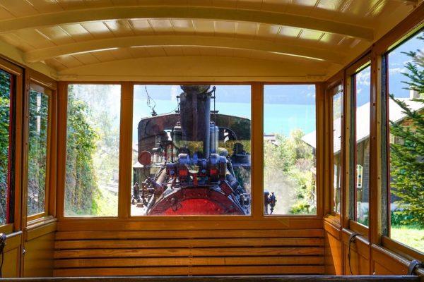 Nostalgie Volldampf bahnreisen Zugreisen Dampfzug Nostalgiezug Eisenbahn Romantik Berner Oberland