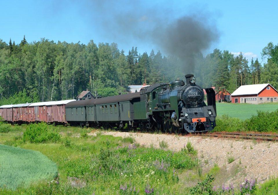 Nostalgie Dampfzug Finnland Volldampf historischer Zug