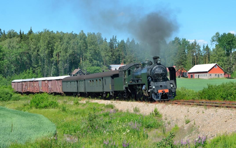 Eisenbahn, Nostalgie Dampfzug Finnland Volldampf historischer Zug