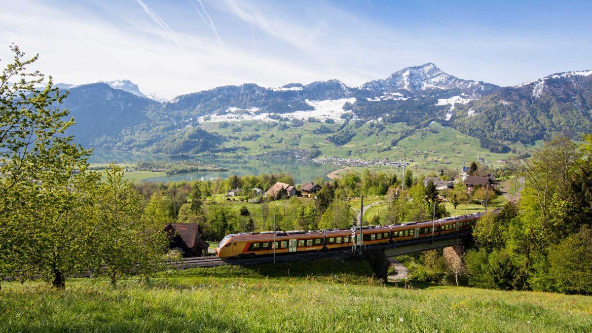 Voralpen-Express Schweiz Südostbahn